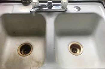 why we should clean a kitchen sinks